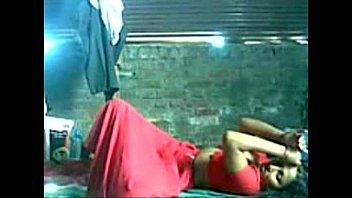 Домохозяйка переспала с сантехниноком