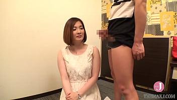 Анальный секс русского скромняги со зрелой шлюхой с крупными ягодицами