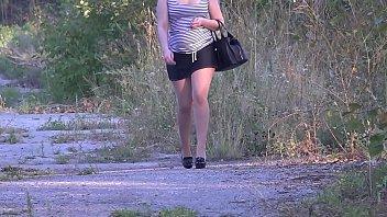Девушка в чулочках ебется с русским